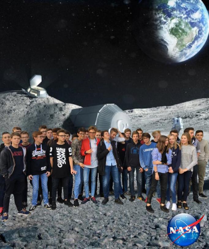 La classe de 2nde de l'institut de Genech faisant partie des vainqueurs du challenge européen Astro Pi