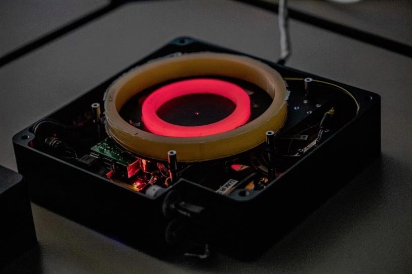 Intérieur du dosimètre de l'expérience Lumina