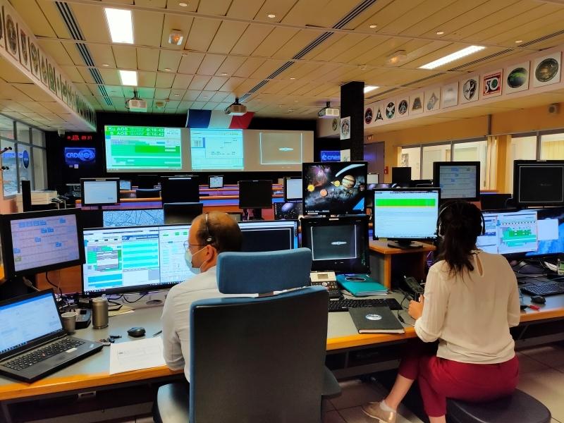 Opérations de l'expérience PK-4 au CADMOS en juin 2021
