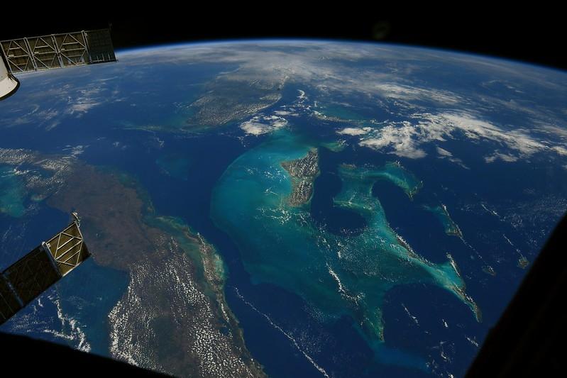 Îles des Bahamas vues depuis l'ISS en mai 2021